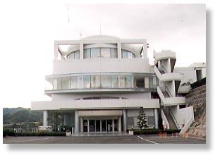 ▲文化の里 上浦芸術会館(村上三島記念館)
