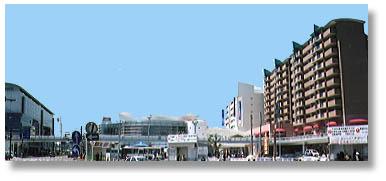 ▲尾道の新しい街並(中央の建物がしまなみ交流館)