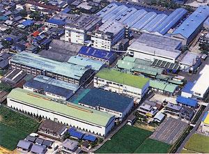 伊予三島市に立地する本社工場