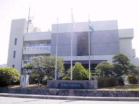 新「内子町役場」となる予定の現「五十崎町役場」