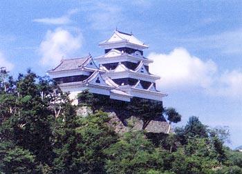 かつての雄姿をそのままに復元された「大洲城」