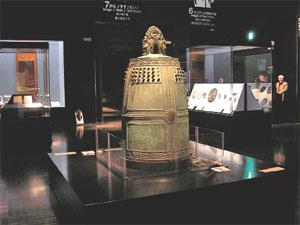 日本最古の梵鐘『観世音寺の鐘』(国宝)観世音寺は太宰府市内にある。