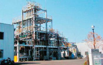 先進的な技術を活用したリサイクル施設(大阪府提供)