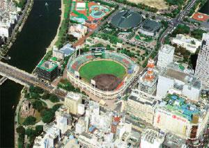 現在の新広島市民球場と周辺の様子(広島市提供)
