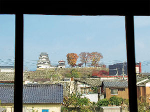 画像:二階縁側から見た大洲城本丸