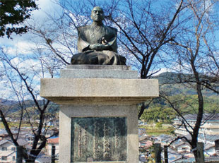 画像:日本の陽明学の始祖、中江藤樹の銅像