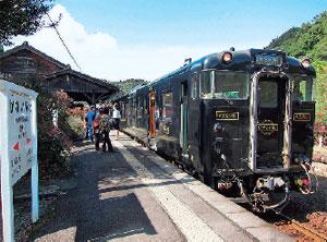 「はやとの風」号(嘉例川駅)