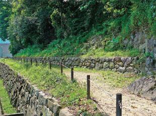 画像:修復された三之丸付近の石垣