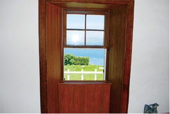 画像:釣島灯台旧官舎の内部
