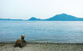 画像:東海岸にある「馬石」
