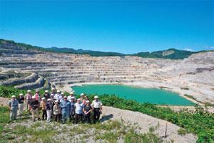 「セメントの道」石灰石鉱山