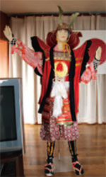 画像:大漁踊りの衣装はゴージャス